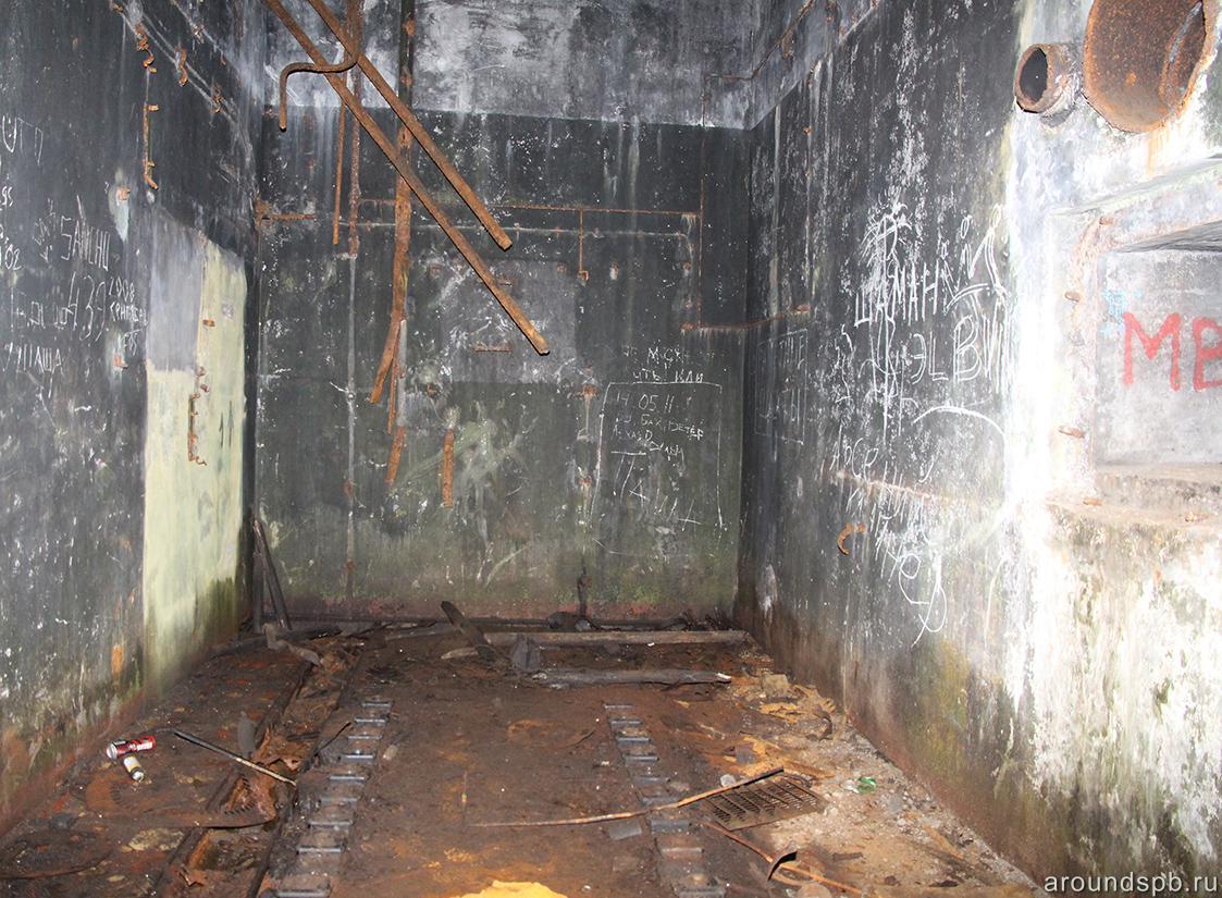 Помещение силовой станции (дизельгенераторной установки) Лемболовской подстанции
